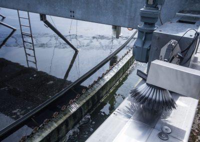 Reinigungsbürsten für den Ablauf der Nachklärbecken